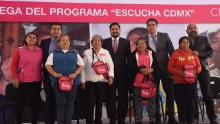 Entrega Sedeso-CDMX 400 aparatos auditivos en la alcaldía Cuahutémoc