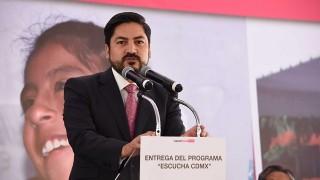 """Palabras del secretario de Desarrollo Social de la CDMX, Alejandro Piña Medina, durante la entrega del Programa """"Escucha CDMX"""" en la alcaldía Cuauhtémoc"""